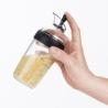 Shaker à vinaigrette noir OXO-2